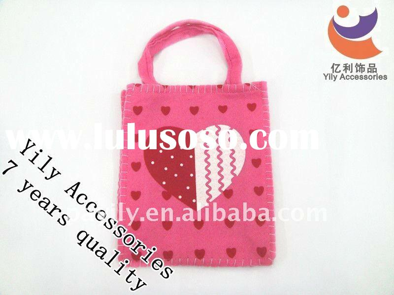 Lovely Valentine's day bag of First love pink department with small peach