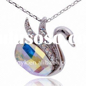 Fashion Goosey Pendant Necklace Jewelry