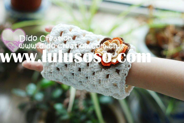 G22A003D Hand crochet handmade knitted Pink Gloves Cotton Flower