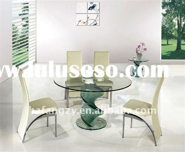 D-002 Twirl Clear Glass Dining Table and Chairs
