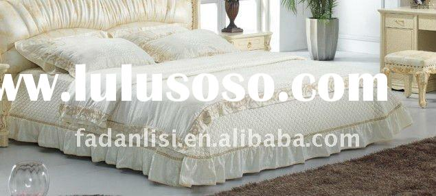 jacquard bedding (pillows and quilt and bed cover)