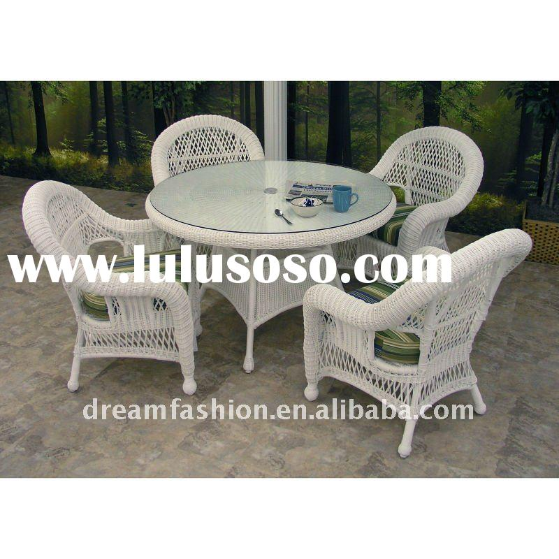2012 white rattan dining furniture set with 4seaters