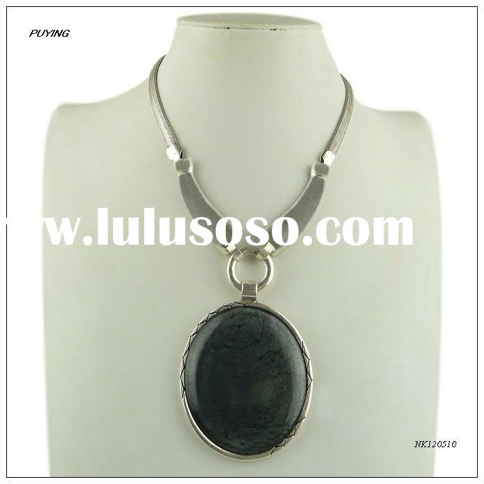 Ethinc Big Round Resin Silver-plated Alloy Snake Chain Pendant Necklace, Fashion Women Jewelry
