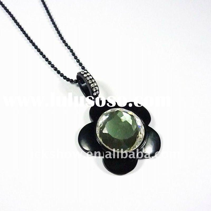 jet plated big green gemstone flower shaped pendant necklace