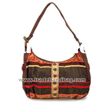 Coconut Shell Accessory One Shoulder Bag(Brown)