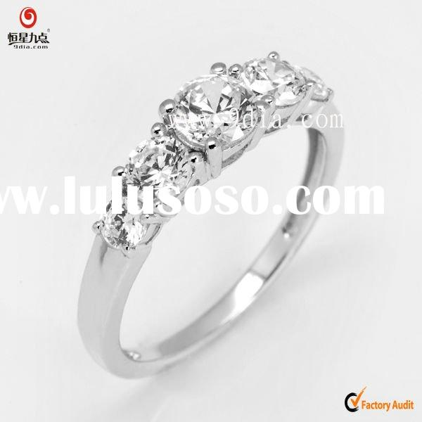 925 sterling  Silver  Ring  jewelry with round cz