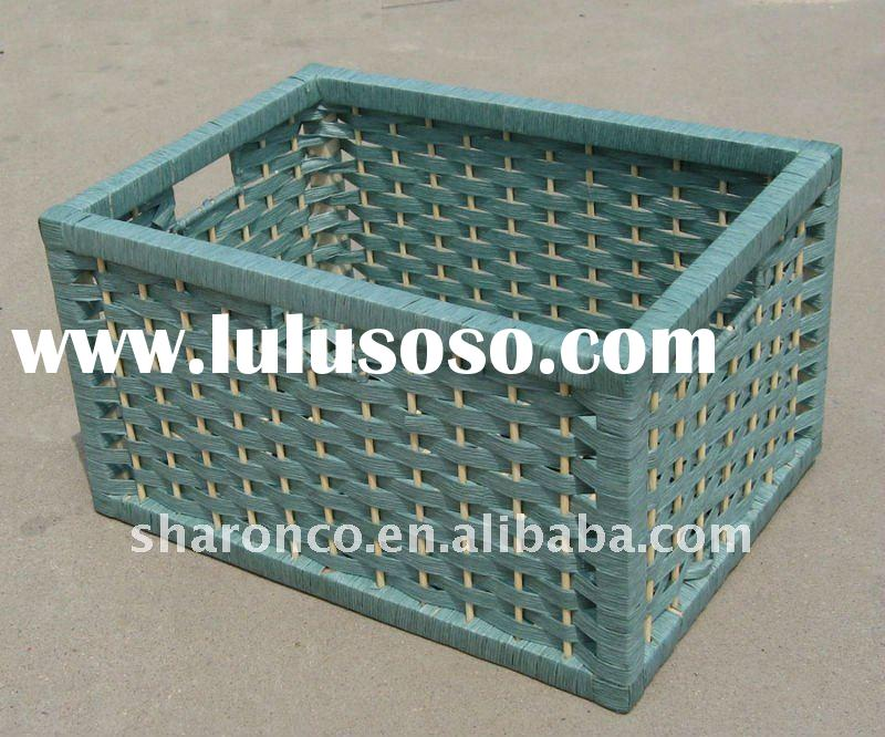 Woven  fruit  storage  basket with handle