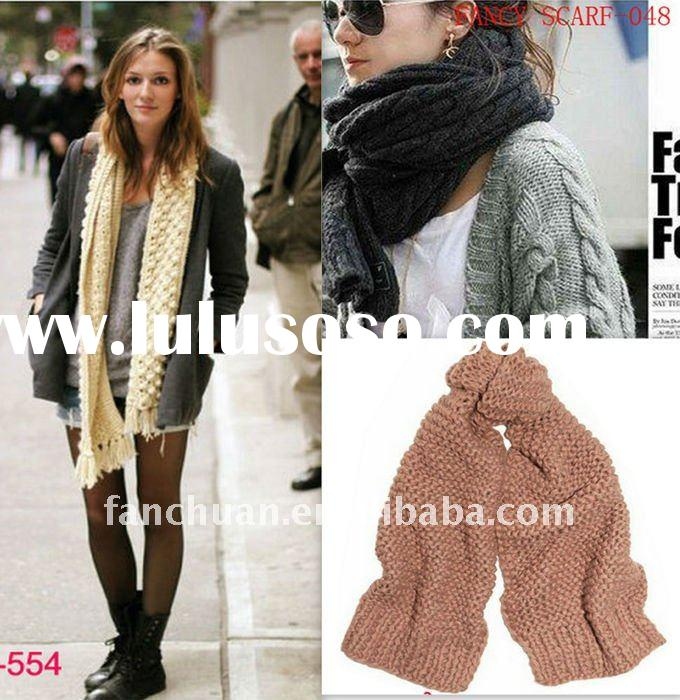 2012 new design knitted scarf