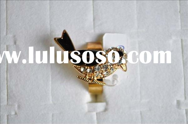 gold plated ring band happy bird magpie diamond ring