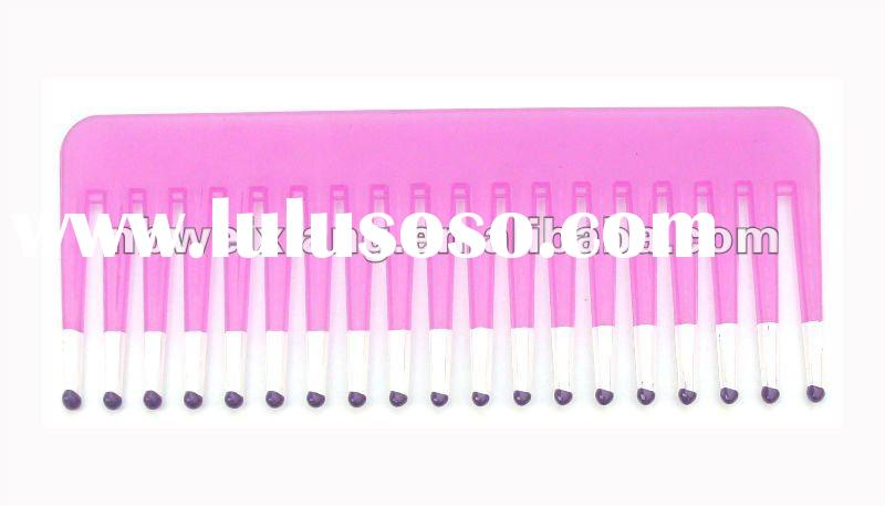 Small plastic hair comb