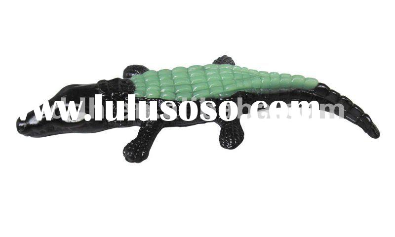 Plastic toy Sticky Cayman toy soft toy halloween toy promotion gift toy