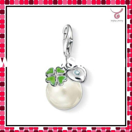 sweet charms,leaf colver pendant,pearl jewelry