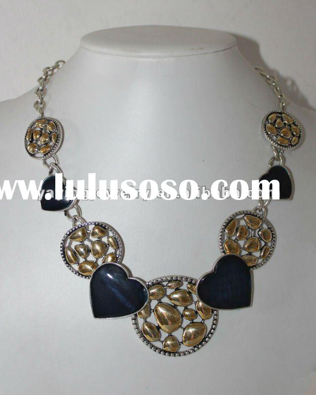 2012 new fashion silver heart shape alloy necklace jewelry