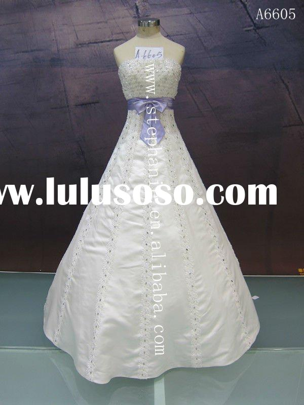 (A6605) Guangzhou Stephanie Elegant Lace Appliqued and Beaded Purple And White Wedding Dresses