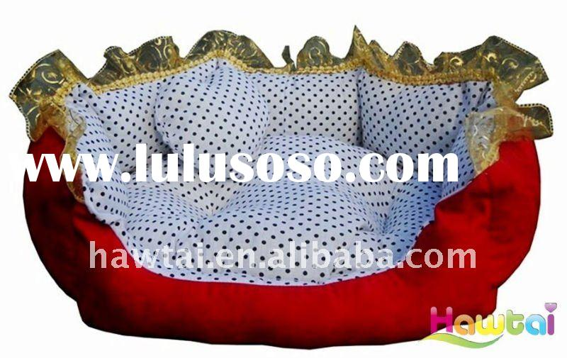 Luxury dog bed with golden lace edge and a heart-shaped pillow