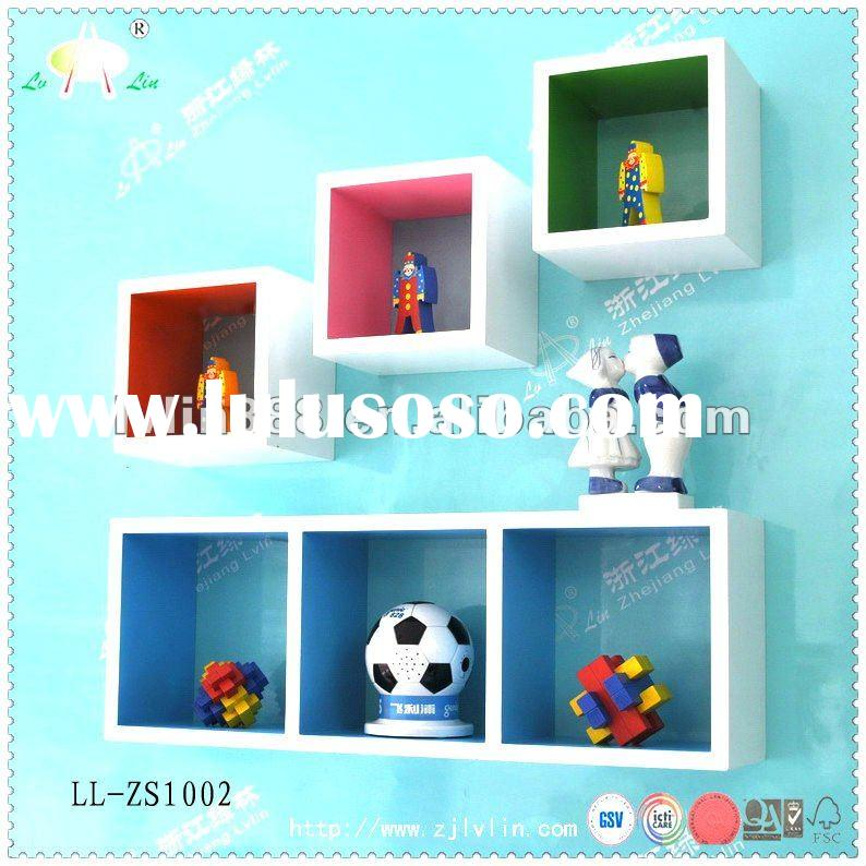 Modern MDF decorative wall shelf with good painting