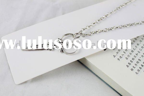 Tibetan Silver scissor leaf skull cross flower heart elephant floral square Pegasus Pendant Necklace