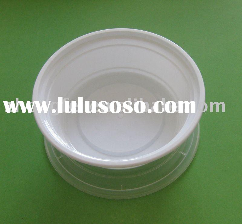 disposable plastic container with lid set