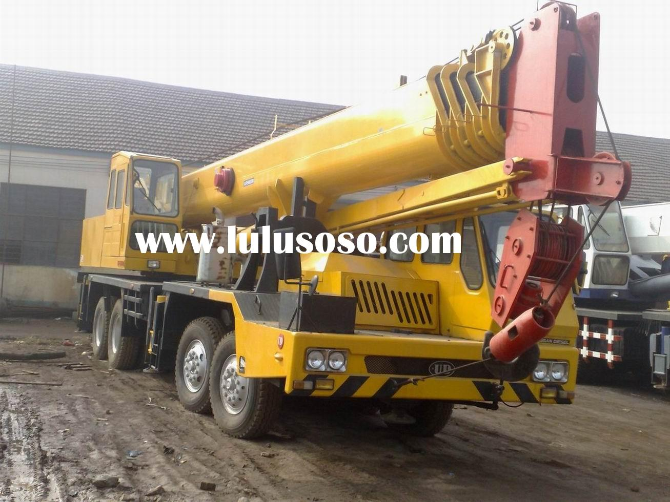offer used KATO truck crane NK550-VR 55 tons, in good condition, mobile crane