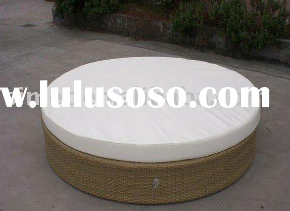 outdoor rattan round chaise bed SCRB-020