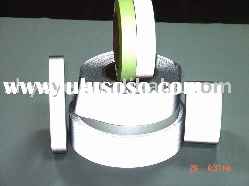 stretchable reflective tape