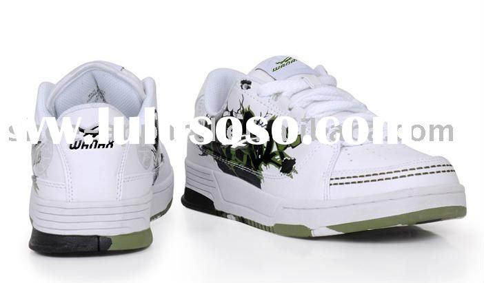 white skate shoes for men