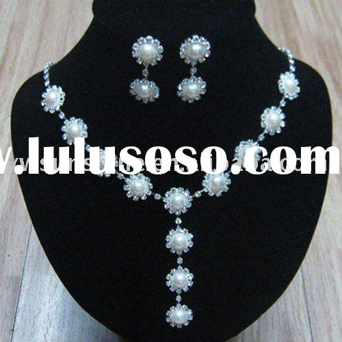 Indian bridal pearl jewelry sets