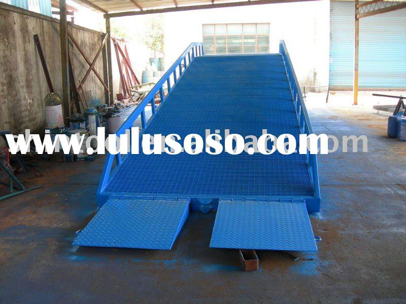 10 ton Mobile hydraulic loading ramp for truck