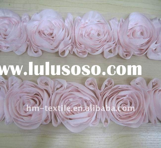 2011 fashionable top design of rosette nightclothes lace trim
