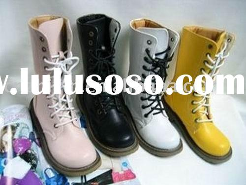 Dr. Martin boots/ fashion boots/ ladies boots/ leather boots/ plain boots/ sports boots