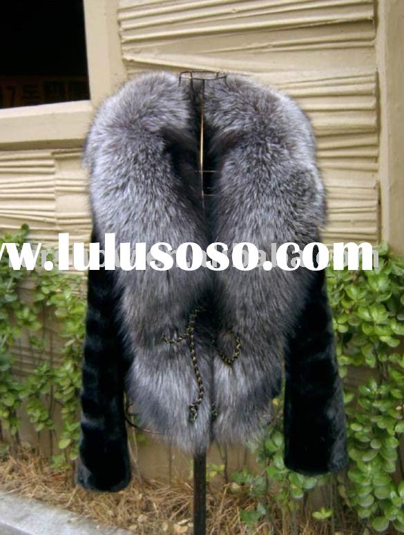 FOX FUR COAT K38