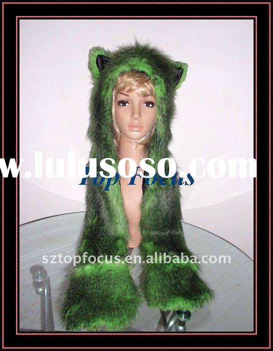 NEW FAUX FUR ANIMAL HATS WITH LONG SCARF AND GLOVES FROEST WOLF