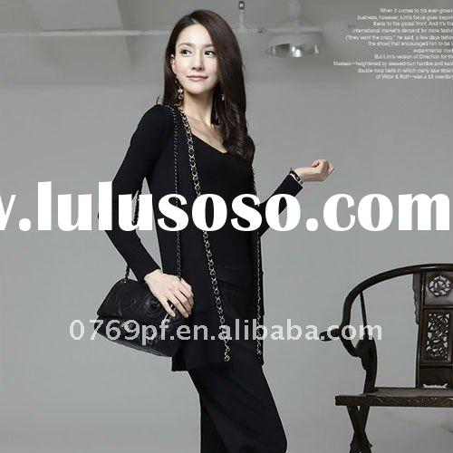 Popular figure flattering wollens springiness long sweater with chain adorning SE784