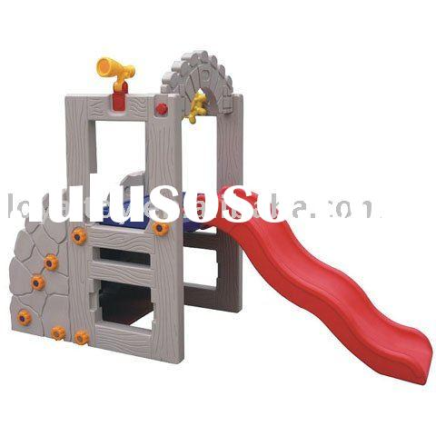 Safe outdoor play ground