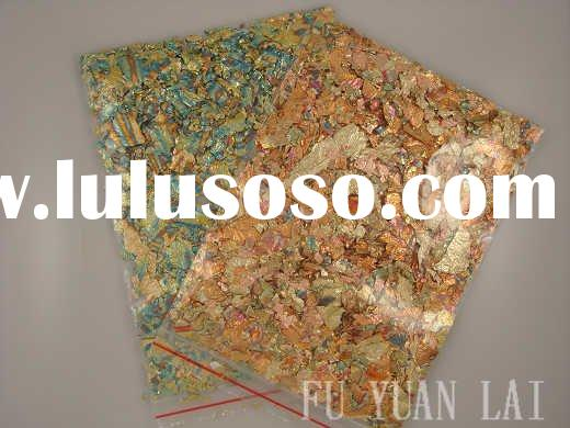 Variegated flakes for glass mosaic