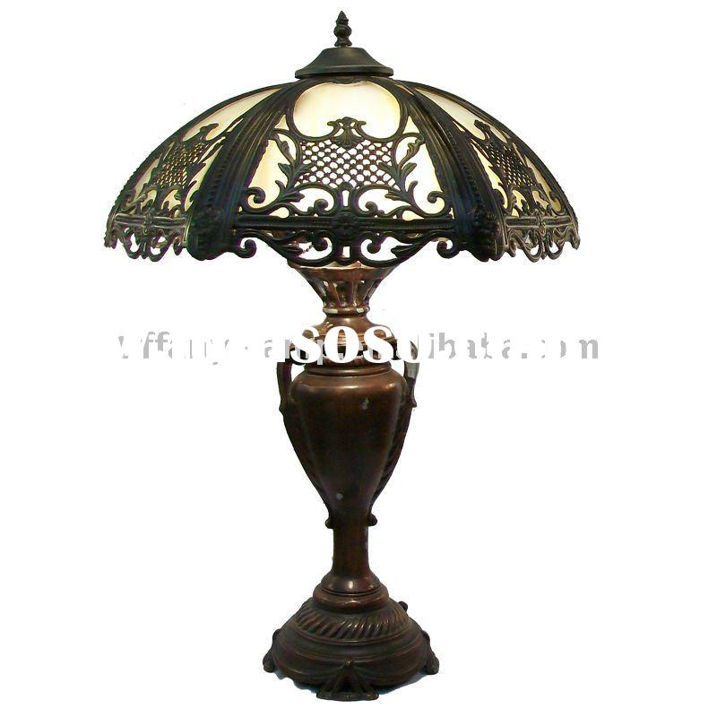 Victorian bent panel slag tiffany mosaic glass lamp