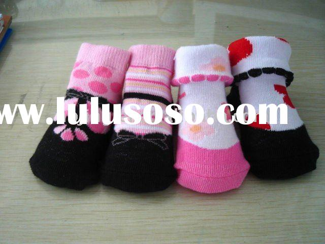 cotton baby socks with all kinds of colors and designs