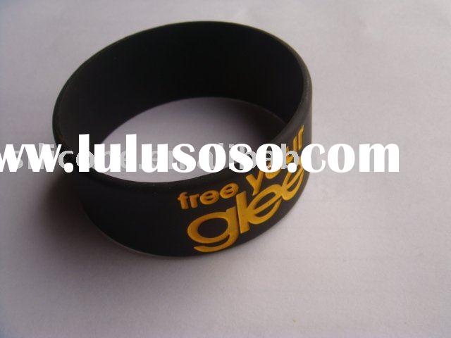 """debossed silicone bracelet saying"""" free your glee"""""""