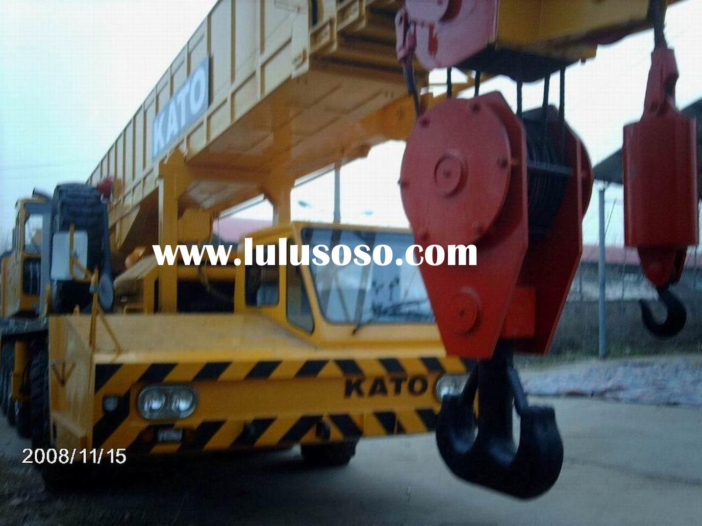 sales offer used KATO NK1200 truck crane 120 ton mobile crane cross country