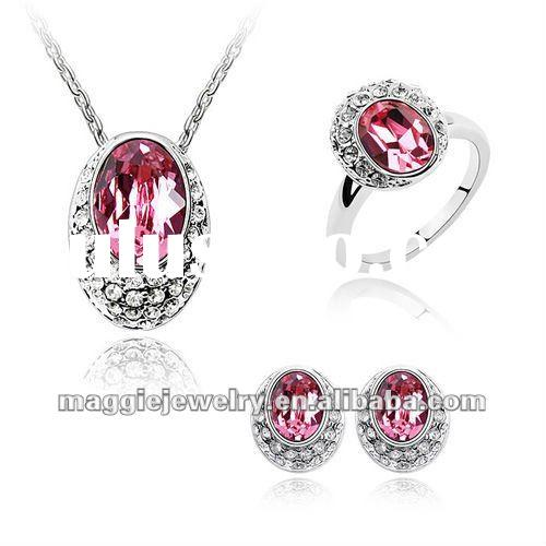 2012 valentine jewelry new design wholesale NO MOQ jewelry accessory by Swarovski Crystal