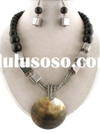 CHUNKY ABALONE SHELL BLACK WOOD BEADS JEWELRY NECKLACE SET