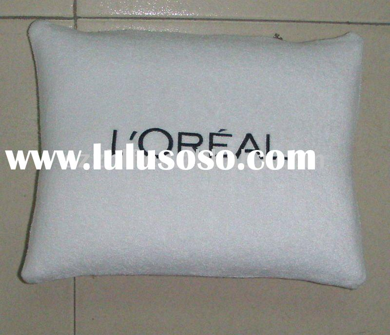 Inflatable folding travel pillow