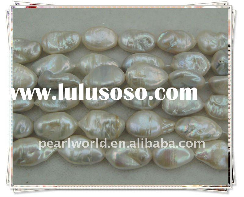 Nucleated Boraque Freshwater Pearl Strand PS070