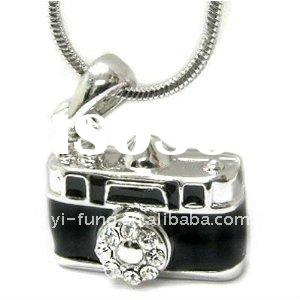White Gold Plated Crystal and Black Camera Charm Pendant Necklace Fashion Jewelry