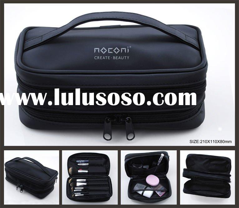 new design cosmetic brush bag with handle