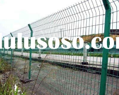 Galvanized/PVC coated wire mesh fence(factory)