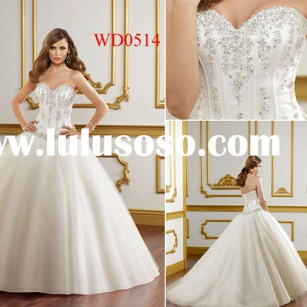 WD0514 Tulle Ball Gown Sweetheart Elegant Wedding Dress Mannequin