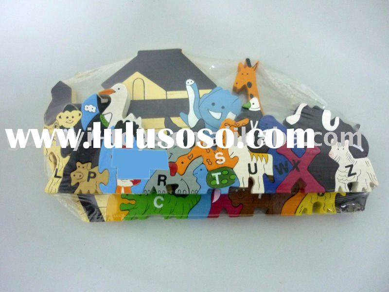 Wooden toy Animal House and Animals Puzzle