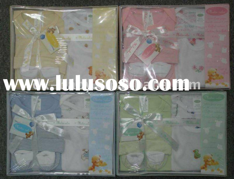 2011 hot sale cotton new born baby gift set with 8pcs for baby wear
