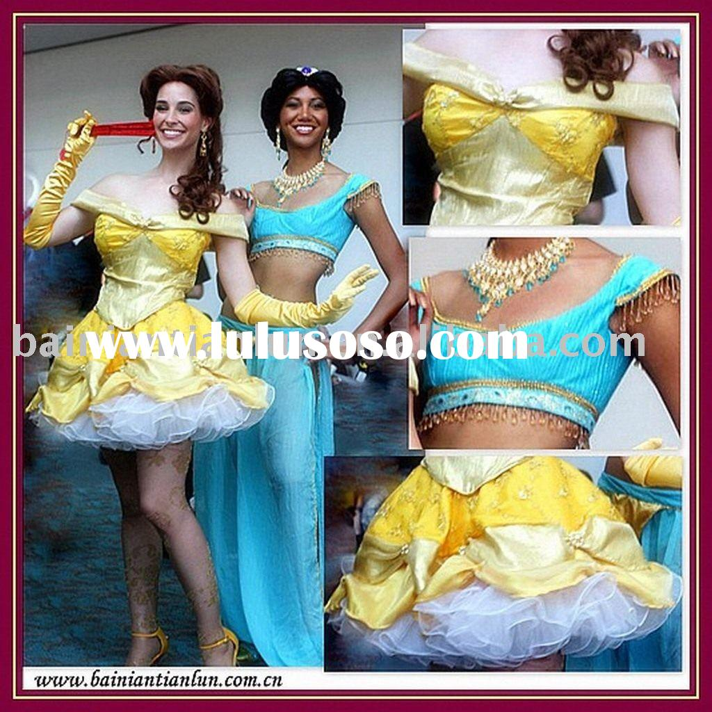 2011 hot sale fasion cosplay costumes!! more discount